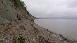 Les premiers kilomètres sur le bord de la mer. Magnifique malgré les nuages.